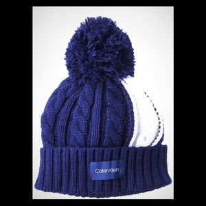 Calvin Klein two color block cable beanie